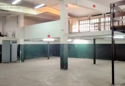 Nau industrial a Centre-Sanfeliu-Sant Josep