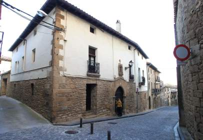 Casa en calle Eugenio Mendioroz