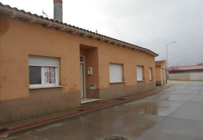 Casa en Villeguillo