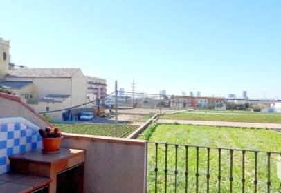 Casa en El Castellar-L'Oliveral