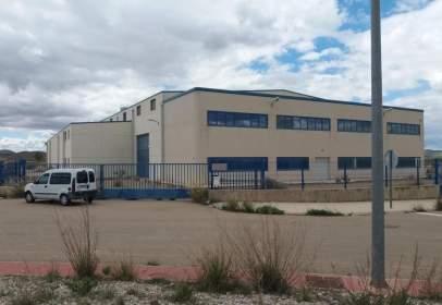 Nau industrial a calle Pg San Antonio