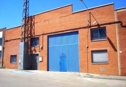 Nave industrial en Villares de La Reina