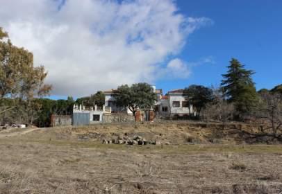 Finca rústica en Villanueva de Perales