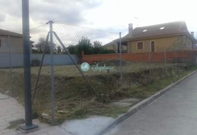 Land in calle Prisciliano del Pozo