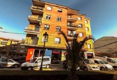 Flat in calle Constitucion, nº 151