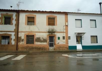 Casa en calle Huesca, nº 27