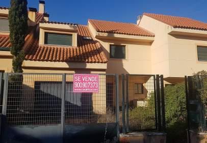 Casa a calle calle Renedo, nº 22