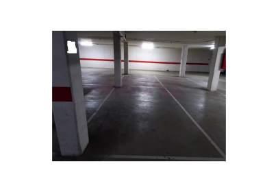 Garatge a Rosales del Canal