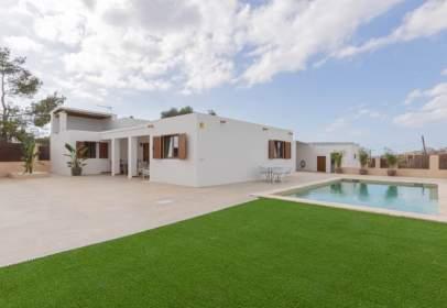 Rural Property in Cala de Bou