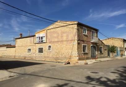 House in Pinsoro