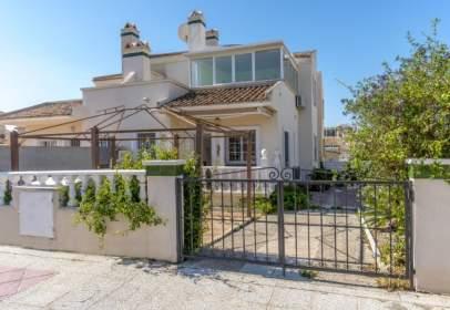 Casa adosada en calle Residencial Flamenca Beach, calle Arco Iris 220 - , nº {Property_Private_Address_Number}