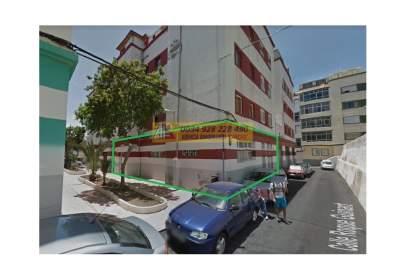 Local comercial a calle Roque Guinart, nº 10