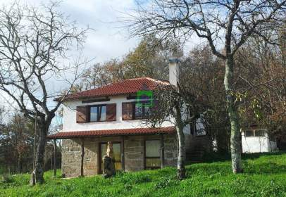 Casa a calle San Mamede de Urrós