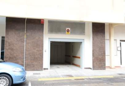 Garatge a Avenida Obispo Lasala -7-9-11-13-