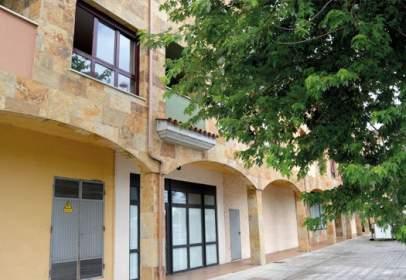 Local comercial a calle Parador, Edificio Residencial Soto I