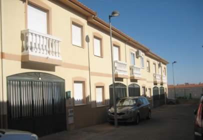 Chalet in calle del Alba, near Calle de la Tolerancia