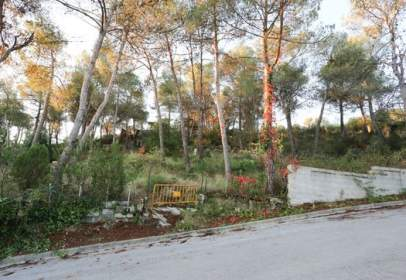 Terreno en calle Tarragona-
