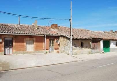 Chalet en calle Barrio Tagarabuena, calle Arribas-