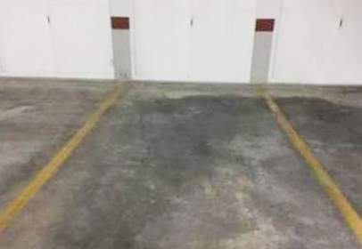 Garaje en Avenida Lealtad