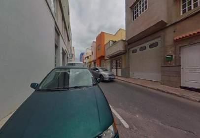 Piso en calle Maxorata