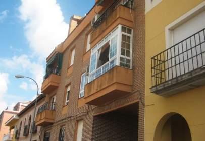 Pis a Avenida Santa María -