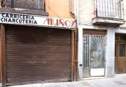 Local comercial en Avenida Santo Domingo, nº 22
