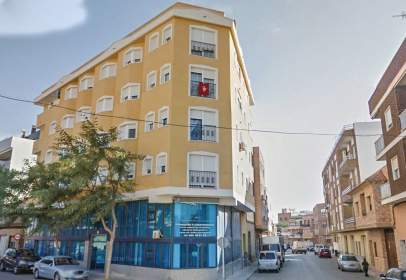 Piso en calle C/ Dr. Ángel Díez Gascón