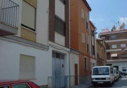 Local comercial en calle Santiago Guillem, nº 7