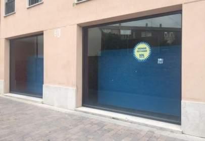 Local comercial en calle Padre Balbino Velasco, nº 10