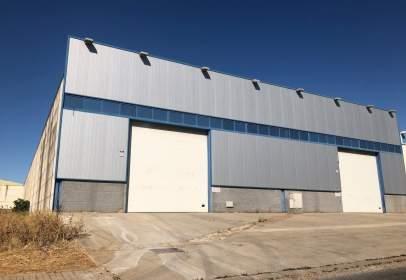 Nau industrial a calle Guadajira. Parcela 235-236, nº 34