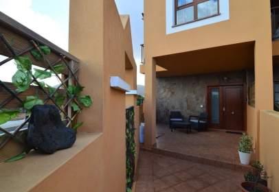 Duplex in La Oliva