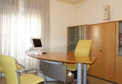 Oficina en calle Ramón y Cajal, nº 18