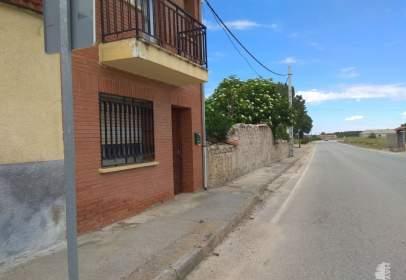 Casa adosada en Fuenterrebollo