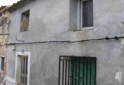 Casa adosada en Honrubia