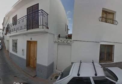 Casa adossada a Lentegí