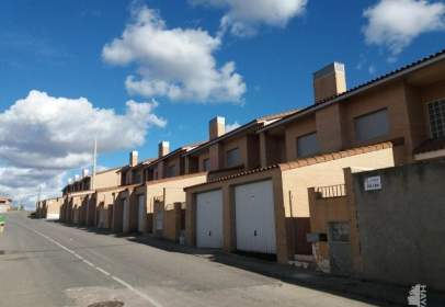 Casa adosada en Burujón