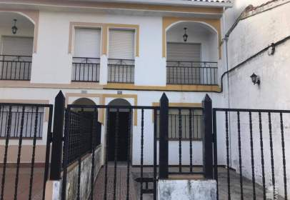 Terraced house in Cala