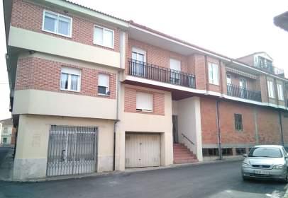 Garaje en Sanchonuño