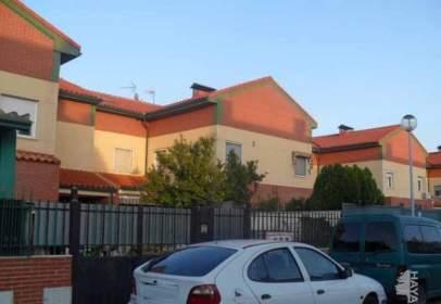 Casa adossada a Avenida Almendros, nº 15