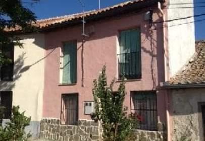Casa adosada en calle Arrabal, nº 5