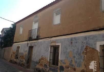 Casa adosada en calle Empedrada, nº 11