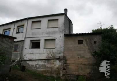 Terraced house in Rubiá