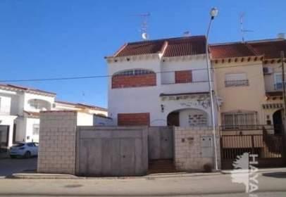 Casa adosada en Avenida Olimpica, nº 6