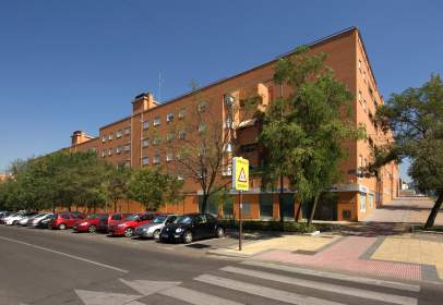 Nau industrial a Parque Oeste-Fuente Cisneros-Campodón