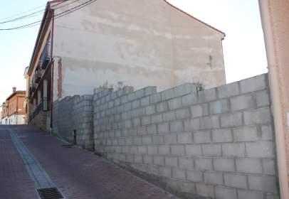 Terreno en calle Ruedajarros