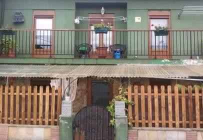 Casa en calle Barrio del Hoyo, nº 7