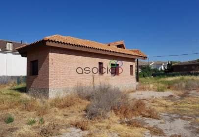 Casa adosada en Almoguera