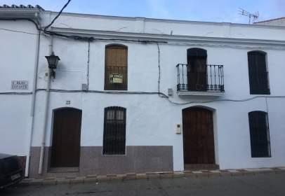Casa adosada en CL Blas Infante