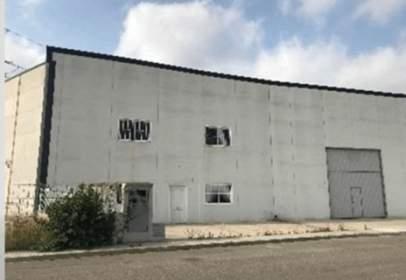 Nave industrial en calle C. Mistral, nº 12