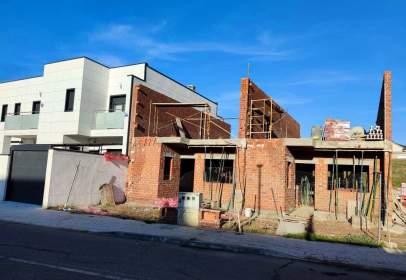 Casa en calle de Santiago Calatrava